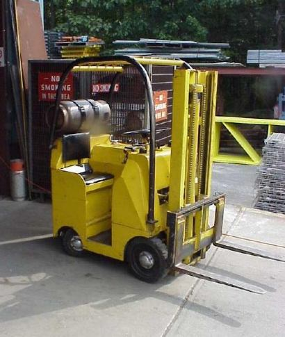 Towmotor forklifts for Clark tow motor parts