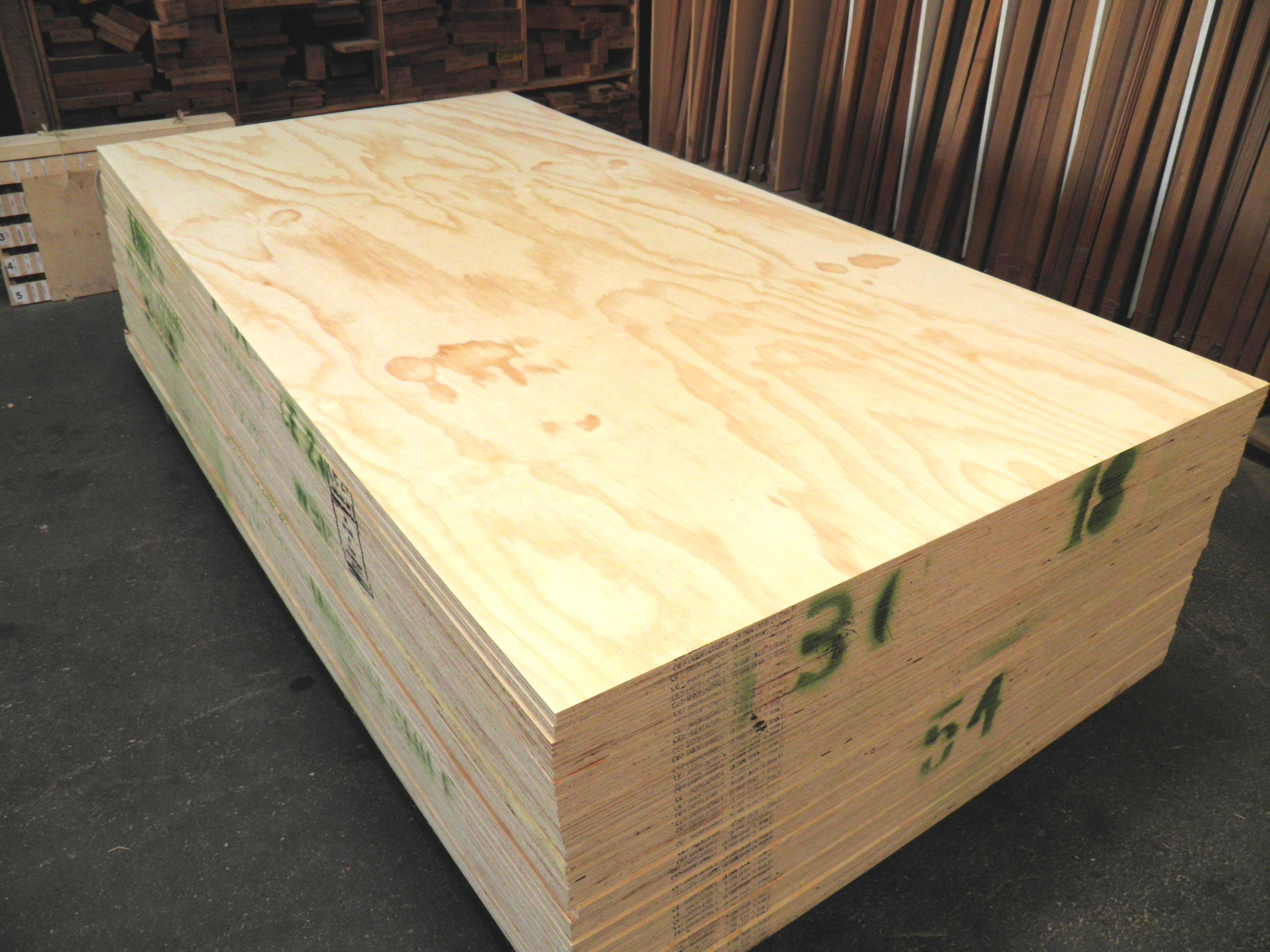 platten sperrholz flugzeugsperrholz mdf und furnierten platten haben wir auf lager in arnheim. Black Bedroom Furniture Sets. Home Design Ideas