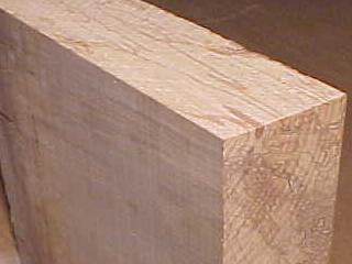 Houttechniek. waarom werkt massief hout? brandvoortplantingsklasse 2