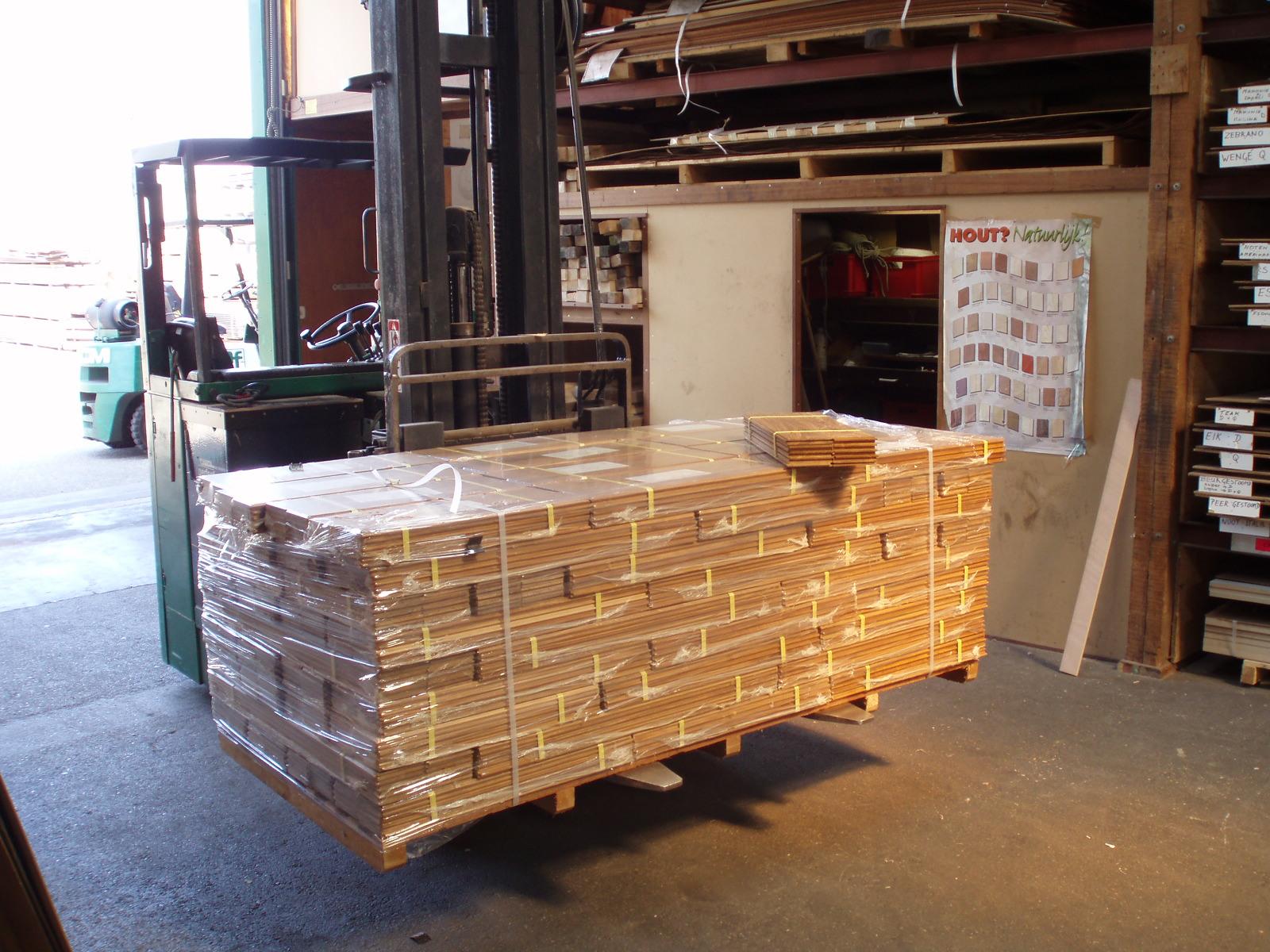 Teak Vloer Badkamer : Vloerplanken teak houten vloer