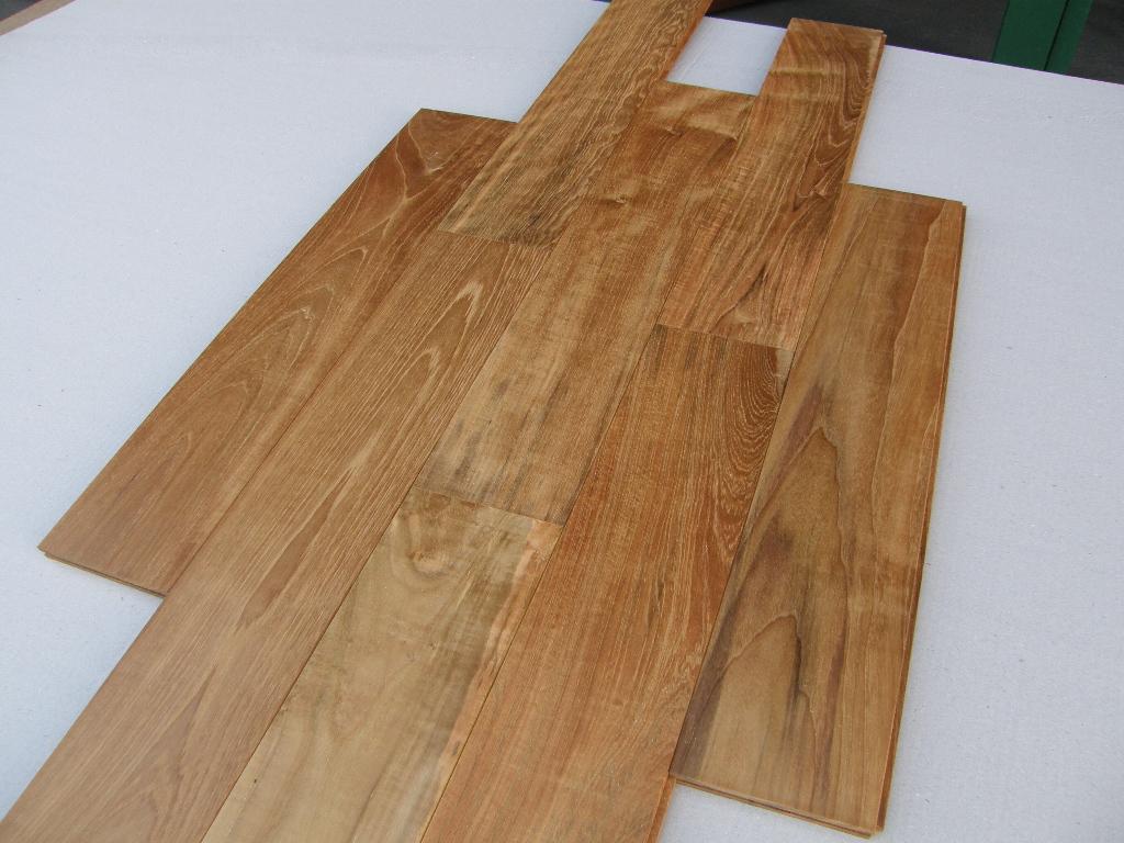 Vloerplanken teak houten vloer